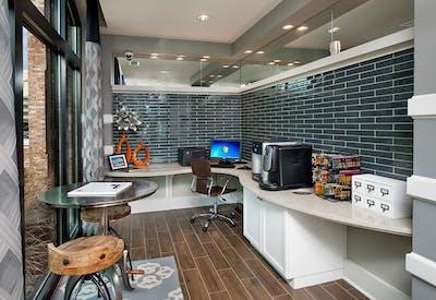 Leasing Office 03
