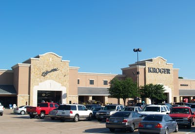 Oak Grove Plaza7